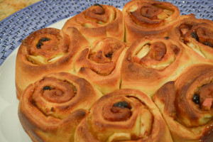 Cinnamon-Apple Rolls